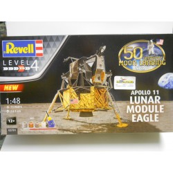 Revell 3701  Apollo 11...
