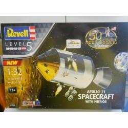 Revell 3703  Apollo 11...