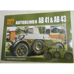 Autoblindo AB41 & AB43...