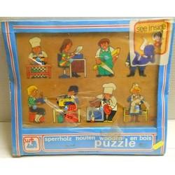WT Art. s.n. Puzzle in...
