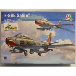 Italeri art. 2799  F-86E...