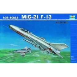 Trumpeter Art. 2210 MiG-21...
