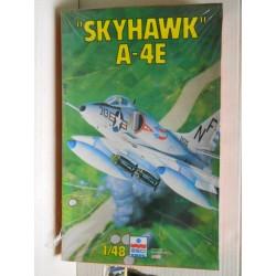 Esci Ertl Art. 4084 Skyhawk...